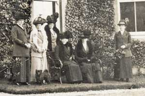 Visitors at Oatfield 1912